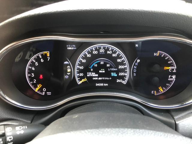 リミテッド 黒革 純正HDDナビ キセノン エアサスペンション クルコン オートライト サンルーフ アイドリングストップ シートヒーター ベンチレーション ETC 純正18インチAW(11枚目)