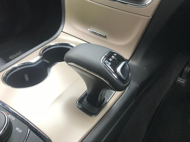 リミテッド 黒革 純正HDDナビ キセノン エアサスペンション クルコン オートライト サンルーフ アイドリングストップ シートヒーター ベンチレーション ETC 純正18インチAW(14枚目)