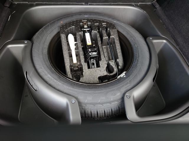 リミテッド 黒革 純正HDDナビ キセノン エアサスペンション クルコン オートライト サンルーフ アイドリングストップ シートヒーター ベンチレーション ETC 純正18インチAW(40枚目)