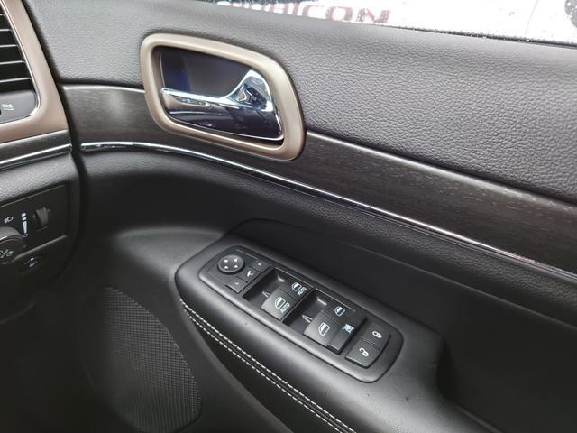 リミテッド 黒革 純正HDDナビ キセノン エアサスペンション クルコン オートライト サンルーフ アイドリングストップ シートヒーター ベンチレーション ETC 純正18インチAW(41枚目)