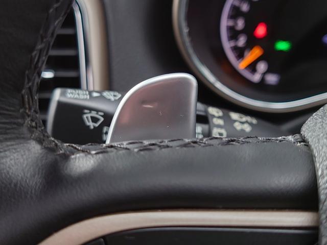 リミテッド 黒革 純正HDDナビ キセノン エアサスペンション クルコン オートライト サンルーフ アイドリングストップ シートヒーター ベンチレーション ETC 純正18インチAW(44枚目)