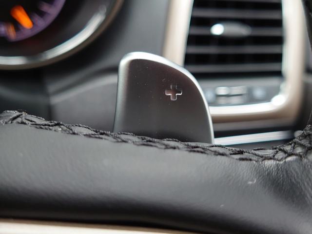リミテッド 黒革 純正HDDナビ キセノン エアサスペンション クルコン オートライト サンルーフ アイドリングストップ シートヒーター ベンチレーション ETC 純正18インチAW(45枚目)