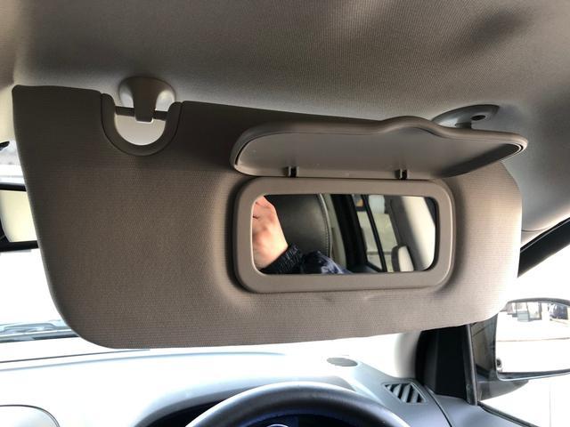 リミテッド 黒革 地デジナビ キセノン バックカメラ クルコン ETC シートヒーター フィリップダウンスピーカー パワーシート サイドカメラ 4WD(33枚目)