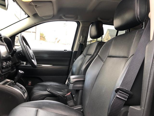 リミテッド 黒革 地デジナビ キセノン バックカメラ クルコン ETC シートヒーター フィリップダウンスピーカー パワーシート サイドカメラ 4WD(66枚目)