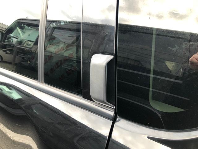 リミテッド 黒革 地デジナビ キセノン バックカメラ クルコン ETC シートヒーター フィリップダウンスピーカー パワーシート サイドカメラ 4WD(68枚目)