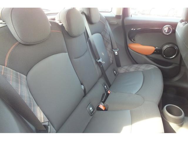 MINI MINI クーパーSD 限定車 SEVEN 5 DOOR 弊社デモカー
