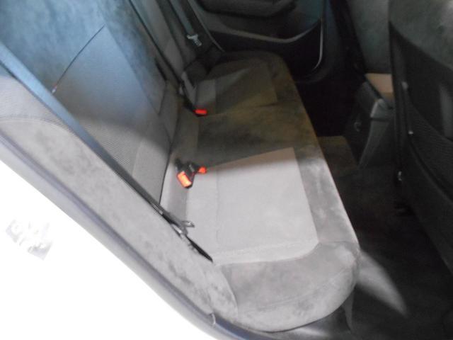 xDrive 20i スポーツ 4WD HID(14枚目)