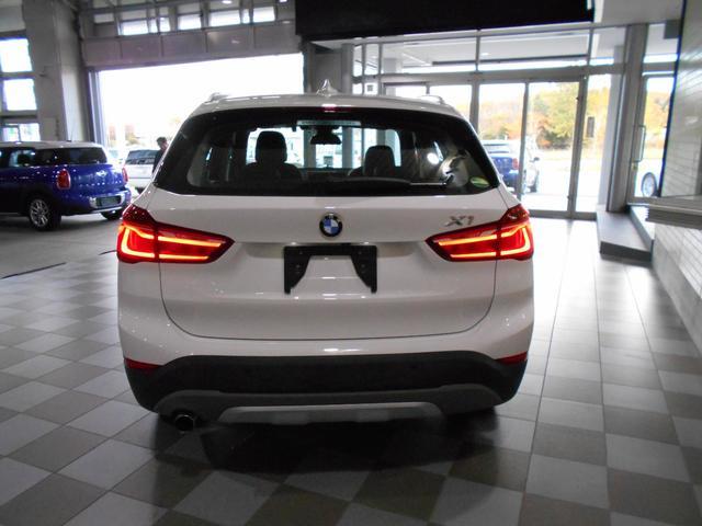 xDrive 18d xライン 4WD(4枚目)