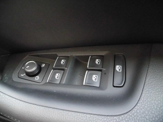 TSIエレガンスライン Volkswagen認定中古車(14枚目)