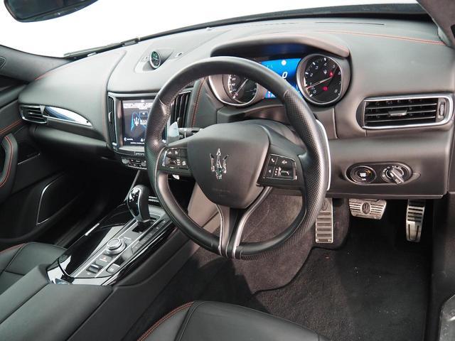 Sグランスポーツ 認定中古車 ドライバーズアシスタンスパッケージ ネリッシモパッケージ プレミアムサウンドシステム フルナチュラルレザー リアプライバシーガラス ヘッドレストトライデントステッチ(10枚目)