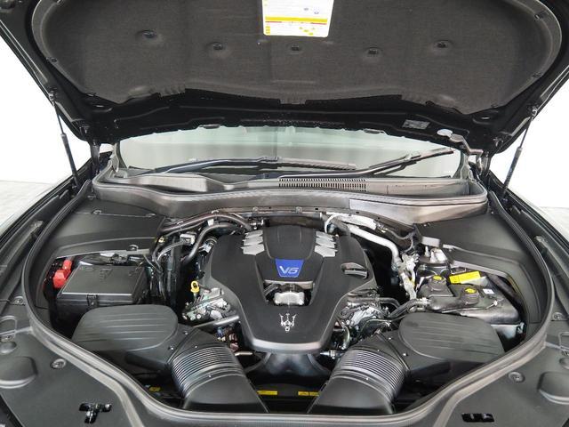 Sグランスポーツ 認定中古車 ドライバーズアシスタンスパッケージ ネリッシモパッケージ プレミアムサウンドシステム フルナチュラルレザー リアプライバシーガラス ヘッドレストトライデントステッチ(25枚目)