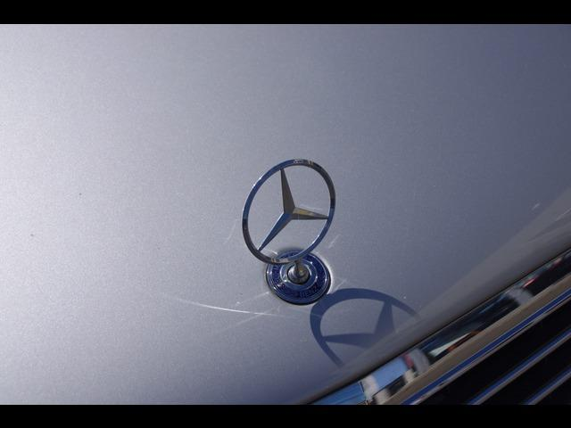 E320 アバンギャルド 純正ナビ HID CD 電動シート(35枚目)