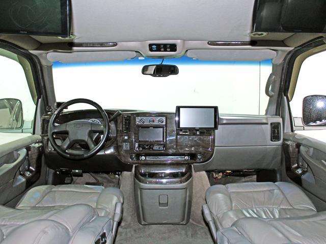 エクスプローラー 4WD 新車並行車 22AW(7枚目)
