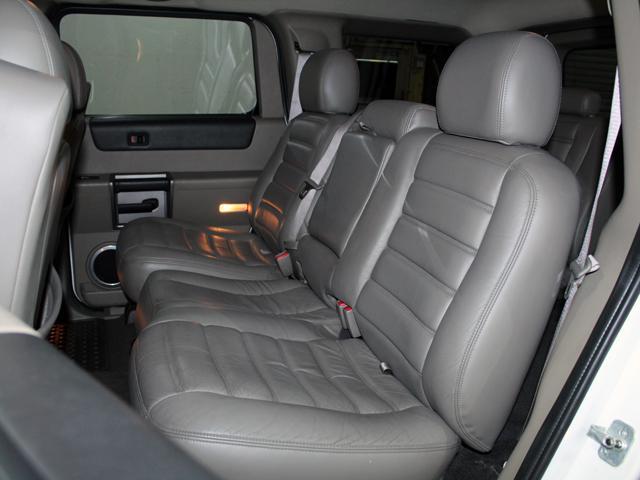 ラグジュアリーパッケージ 4WD リアバネサス 新車並行車(10枚目)