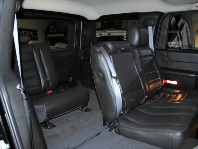 ラグジュアリーパッケージ 4WD 新車並行車 ブラックレザー(13枚目)