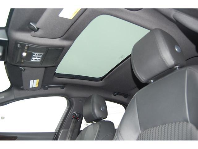 プレステージ 認定中古車 アダプティブLEDヘッドライト 19インチグロスブラックアロイホイール スライド式パノラミックグラスルーフ ブラックパック ステアリングホイールヒーター(3枚目)