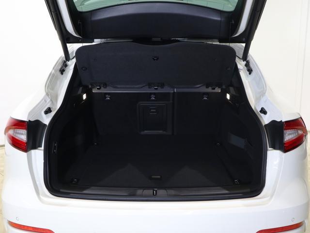 「マセラティ」「マセラティ レヴァンテ」「SUV・クロカン」「北海道」の中古車18