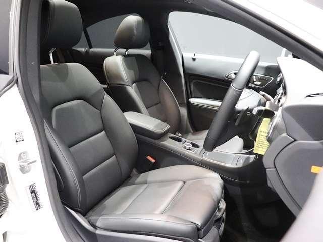 CLA220 4マチック 4WD 1オーナープレミアムPKG(11枚目)