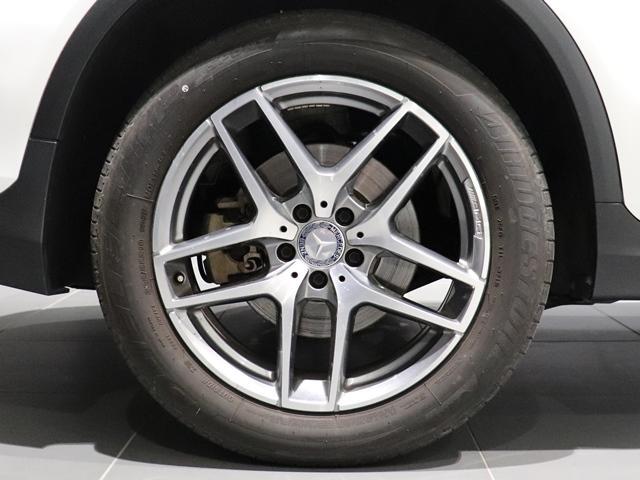 GLC250 4マチックスポーツ AMGスタイリング ドライブレコーダー フットトランクオープナー 全席シートヒーター アンビエントライト スポーツステアリング ヘッドアップディスプレイ LEDヘッドライト 全方位カメラ(7枚目)