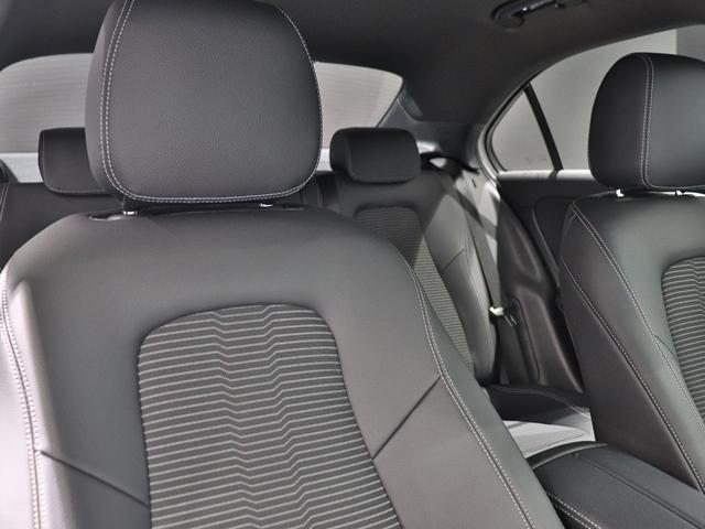 A250 4マチックセダン ワンオーナー ナビゲーションPKG MBUX コックピッドディスプレイ レーダーセーフティ シートキネティクス シートヒーター LEDヘッドライト バックカメラ ETC(11枚目)