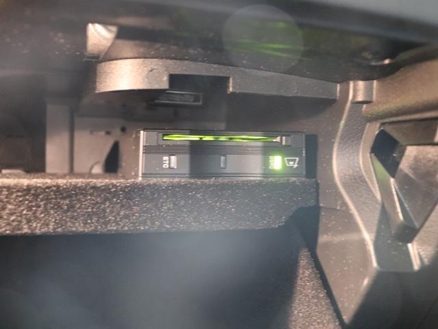 GLC220d 4マチックスポーツ ワンオーナー ランニングボード MBロゴプロジェクター AMGスタイリング LEDヘッドライト 全方位カメラ フットトランクオープナー 全席シートヒーター アンビエントライト(38枚目)