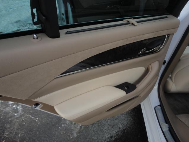 「キャデラック」「キャデラック CTS」「セダン」「北海道」の中古車39
