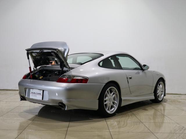 911カレラ4 4WD 革シート シートヒーター DVD(8枚目)
