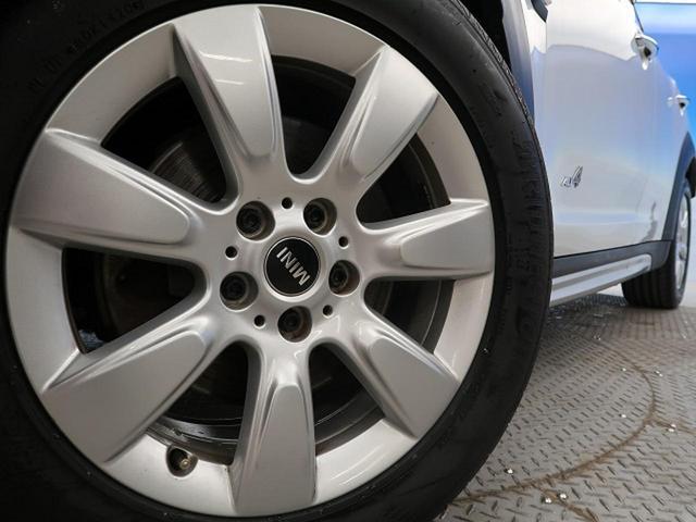 クーパーD クロスオーバー オール4 ペッパーPKG LEDヘッドライト ACC 衝突被害軽減ブレーキ 純正HDDナビ バックカメラ コーナーセンサー コンフォートアクセス 電動リアゲート シートヒーター オートライト 1オーナー 禁煙車(15枚目)