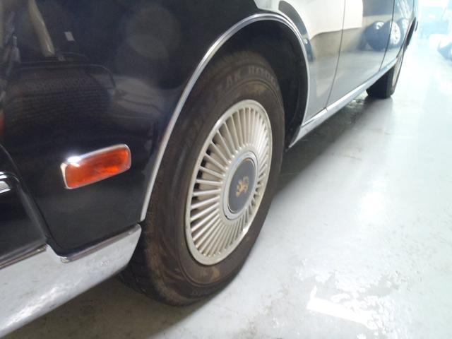 標準仕様車 デュアルEMVパッケージ 革シート パワーシート(19枚目)