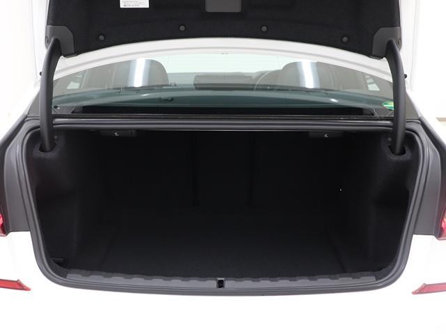 320d xDrive Mスポーツ インテリジェントセーフティ ACC 全方位カメラ アンビエントライト Mスポーツサスペンション Mスポーツレザーステアリング コックピッドディスプレイ LEDヘッドライト(21枚目)