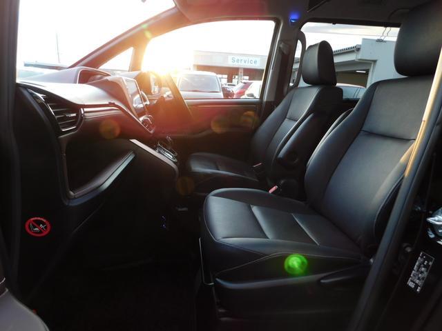 ハイブリッドGi 10型ナビ・12.8型後席モニター フルTV バックカメラ 両側電動スライドドア 車高調 クルコン レザーシート シートヒーター 純正15AW スマートキー(11枚目)