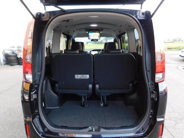 ハイブリッドGi 10型ナビ・12.8型後席モニター フルTV バックカメラ 両側電動スライドドア 車高調 クルコン レザーシート シートヒーター 純正15AW スマートキー(14枚目)