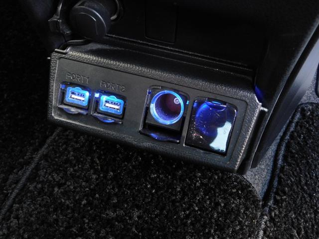 ハイブリッドGi 10型ナビ・12.8型後席モニター フルTV バックカメラ 両側電動スライドドア 車高調 クルコン レザーシート シートヒーター 純正15AW スマートキー(28枚目)