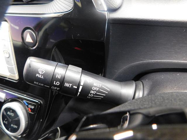 クロスオーバー 純正SDナビ ワンセグTV ハーフ合皮シート シートヒーター DVD視聴 バックカメラ CD オートライト ETC 純正16インチアルミホイール(19枚目)