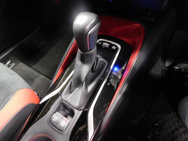 ハイブリッドG Z 社外SDナビ フルセグTV オートLED 追従クルーズコントロール シートヒーター ブルートゥースオーディオ DVD視聴 CD ETC 前後ソナー 純正18インチアルミホイール(12枚目)
