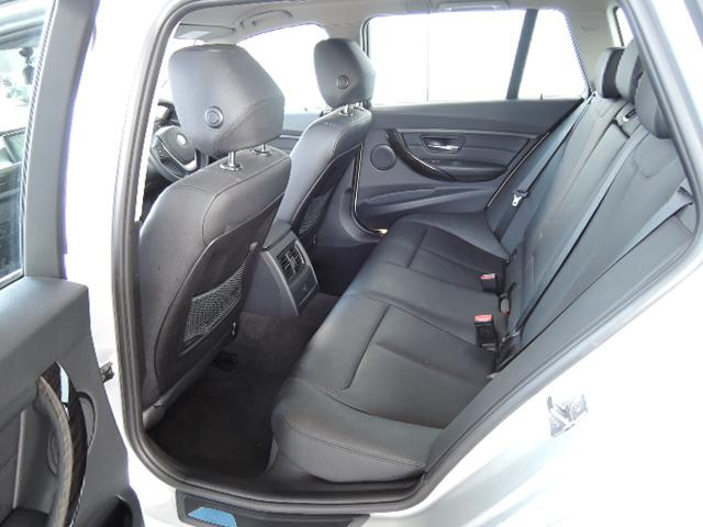 320i xDriveツーリング ラグジュアリー 4WD(9枚目)