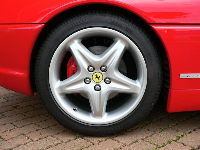 フェラーリ フェラーリ 355F1 ベルリネッタ ディーラー車 レザーシート パワーシート
