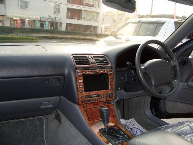 トヨタ セルシオ C仕様 レザー SR 19インチアルミ