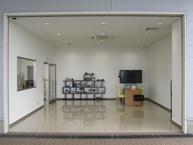 (株)スズキ自販富山 スズキアリーナ高岡156 / U's STATION高岡156(4枚目)