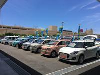 沖縄の中古車販売店 (株)スズキ自販沖縄 スズキアリーナコザ