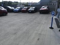 駐車スペースも完備してますので、お一人でもご家族・ご友人とでも、お車でいつでもお越しください♪