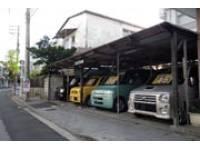 沖縄の中古車販売店 オートガレージK