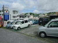 西原町の池田自動車です。新車・中古車の販売・板金・塗装なんでもご相談下さい♪無料ダイヤルもございます