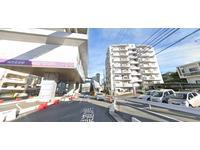 ゆいれーる浦添前田駅より徒歩1分! グーののぼりが目印です!