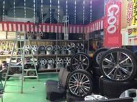 倉庫にはホイール・タイヤ・各種パーツ取り揃えて降ります!
