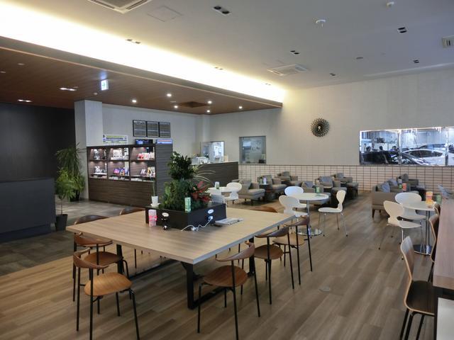 ネッツトヨタ沖縄(株)浦添店(2枚目)