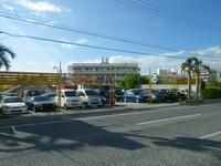 沖縄の中古車販売店 オートショップザハ