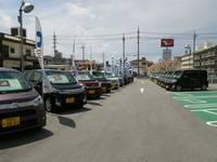 58号線沿い、最強食堂さんとなりに最新展示車を多数展示しております!