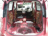 展示車両は徹底クリーニング済み♪シート&内貼りも剥してとことんキレイに仕上げます♪