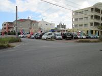 沖縄の中古車販売店 くるま屋一番 高原店